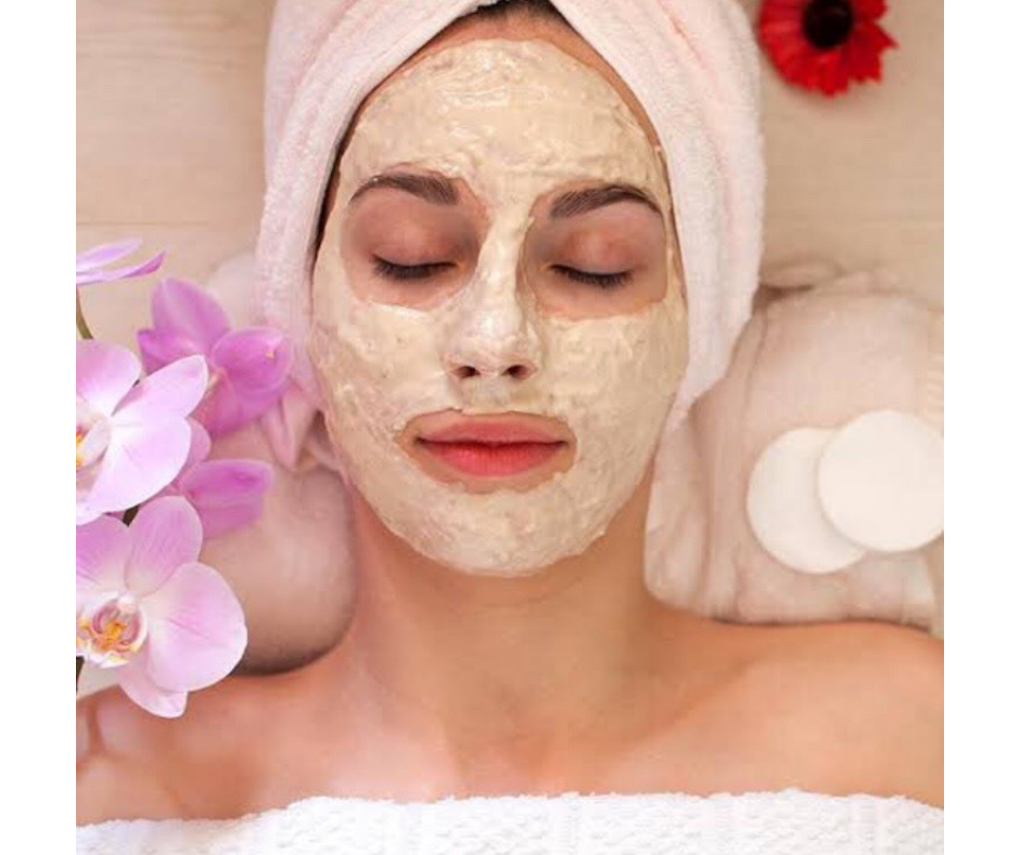 GRAM FLOUR FACE MASK FOR GLOWING SKIN