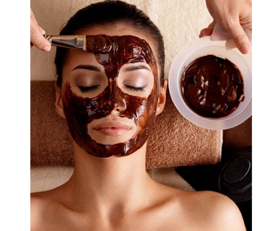 HOMEMADE COCOA MASK FOR CLEAR SKIN.